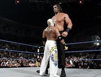Rey_mysterio_vs_the_great_khali_display_image
