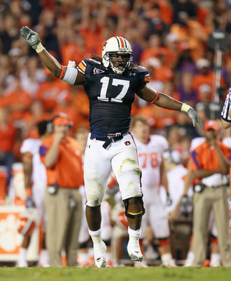 AUBURN, AL - SEPTEMBER 18:  Josh Bynes #17 of the Auburn Tigers against the Clemson Tigers at Jordan-Hare Stadium on September 18, 2010 in Auburn, Alabama.  (Photo by Kevin C. Cox/Getty Images)