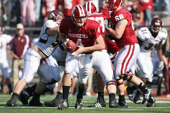 BLOOMINGTON, IN - NOVEMBER 01:  Quarterback Ben Chappell #4 of the Indiana Hooisers moves to hand off the ball during the game against the Central Michigan Chippewas at Memorial Stadium on November 1, 2008 in Bloomington, Indiana.  (Photo by Andy Lyons/Ge