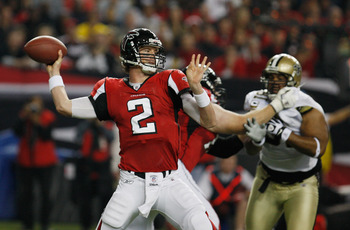 ATLANTA, GA - DECEMBER 27:  Matt Ryan #2 of the Atlanta Falcons looks upfield to pass during the first half of the game against the New Orleans Saints at the Georgia Dome on December 27, 2010 in Atlanta, Georgia.  (Photo by Scott Halleran/Getty Images)