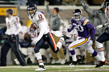 MINNEAPOLIS, MN - DECEMBER 20:  Johnny Knox #13 of the Chicago Bears scores a touchdown against the Minnesota Vikings at TCF Bank Stadium on December 20, 2010 in Minneapolis, Minnesota.  (Photo by Matthew Stockman/Getty Images)