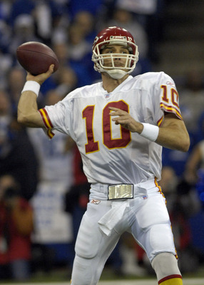 Kansas City Chiefs  quarterback Trent Green sets to pass  against the Indianapolis  Colts inWild Card Playoff action on January 6, 2007 at the RCA Dome in Indianapolis, Indiana. The Colts defeated the Chiefs 23 - 8. (Photo by Al Messerschmidt/Getty Images