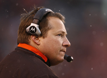 CLEVELAND - DECEMBER 27:  Head coach Eric Mangini of the Cleveland Browns watches his team against the Oakland Raiders at Cleveland Browns Stadium on December 27, 2009 in Cleveland, Ohio.  (Photo by Matt Sullivan/Getty Images)