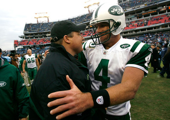 NASHVILLE, TN - NOVEMBER 23:  Quarterback Brett Favre #4 of the New York Jets celebrates their 34-13 win over the Tennessee Titans with head coach Eric Mangini at LP Field on November 23, 2008 in Nashville, Tennessee.  (Photo by Kevin C. Cox/Getty Images)