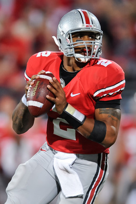 COLUMBUS, OH - NOVEMBER 13:  Quarterback Terrelle Pryor #2 of the Ohio State Buckeyes drops back to pass against the Penn State Nittany Lions at Ohio Stadium on November 13, 2010 in Columbus, Ohio.  (Photo by Jamie Sabau/Getty Images)