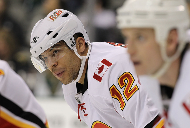 DALLAS, TX - DECEMBER 23:  Right wing Jarome Iginla #12 of the Calgary Flames  at American Airlines Center on December 23, 2010 in Dallas, Texas.  (Photo by Ronald Martinez/Getty Images)