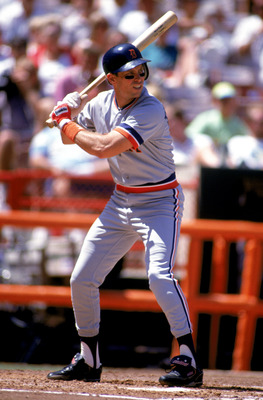 ANAHEIM, CA - 1991:  Alan Trammell #3 of the Detroit Tigers bats during a game in the 1991 season against the California Angels at Anaheim Stadium in Anaheim, California. (Photo by Ken Levine/Getty Images)