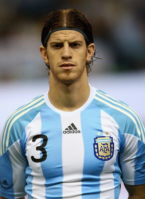 MADRID, SPAIN - NOVEMBER 14:  Cristian Ansaldi of Argentina during the friendly International football match Spain against Argentina at the Vicente Calderon stadium in Madrid, on November 14, 2009 in Madrid, Spain.  (Photo by Clive Brunskill/Getty Images)