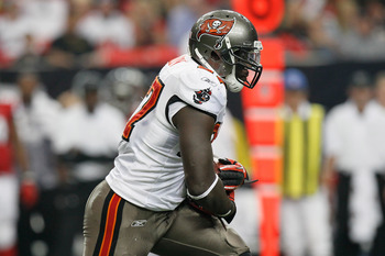 ATLANTA - NOVEMBER 07:  LeGarrette Blount #27 of the Tampa Bay Buccaneers against the Atlanta Falcons at Georgia Dome on November 7, 2010 in Atlanta, Georgia.  (Photo by Kevin C. Cox/Getty Images)