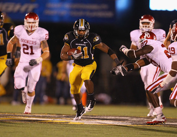 COLUMBIA, MO - OCTOBER 23: Henry Josey #41 of the Missouri Tigers in action against the Oklahoma Sooners at Faurot Field/Memorial Stadium on October 23, 2010 in Columbia, Missouri.  The Tigers beat the Sooners 36-27.  (Photo by Dilip Vishwanat/Getty Image