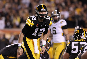 TEMPE, AZ - DECEMBER 28:  Quarterback Ricky Stanzi #12 of the Iowa Hawkeyes calls a play during the Insight Bowl against the Missouri Tigers at Sun Devil Stadium on December 28, 2010 in Tempe, Arizona.  (Photo by Christian Petersen/Getty Images)