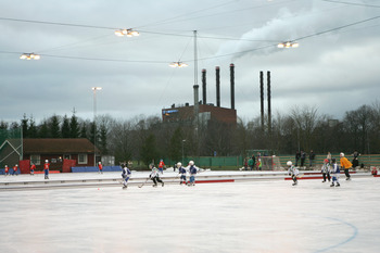 LINKOPING - DECEMBER 18: Kids are shown playing hockey on an outdoor rink on December 18 in Linkoping, Sweden. (Photo by Bruce Bennett/Getty Images)