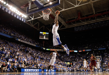 LEXINGTON, KY - DECEMBER 22:  Brandon Knight #12 of the Kentucky Wildcats dunks the ball during the game against the Winthrop Eagles on December 22, 2010 in Lexington, Kentucky.  Kentucky won 89-52.  (Photo by Andy Lyons/Getty Images)