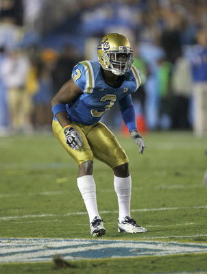 PASADENA, CA - SEPTEMBER 18:  Safety Rahim Moore #3 of the UCLA Bruins in the game with the Houston Cougars at the Rose Bowl on September 18, 2010 in Pasadena, California.  UCLA won 31-13.  (Photo by Stephen Dunn/Getty Images)