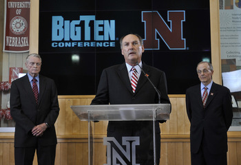 LINCOLN, NE. - JUNE 11:  Big Ten Conference Commissioner James Delany (C) University of Nebraska Athletic Director Tom Osbourne (L) at a press conference announcing Nebraska accepting an invitation to join the Big Ten Conference June 11, 2010  in Lincoln,