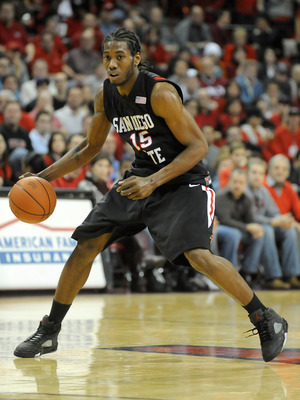 LAS VEGAS - JANUARY 13:  Kawhi Leonard #15 of the San Diego State Aztecs brings the ball up the court during a game against the UNLV Rebels at the Thomas & Mack Center January 13, 2009 in Las Vegas, Nevada. The Rebels defeated the Aztecs 76-66.  (Photo by