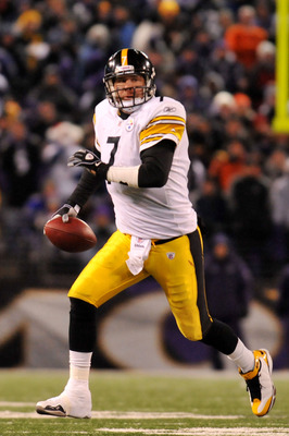 BALTIMORE, MD - DECEMBER 05:  Quarterback Ben Roethlisberger #7 of the Pittsburgh Steelers looks to pass against the Baltimore Ravens during the third quarter of the game at M&T Bank Stadium on December 5, 2010 in Baltimore, Maryland. Pittsburgh won 13-10