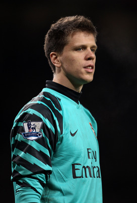 MANCHESTER, ENGLAND - DECEMBER 13:  Wojciech Szczesny of Arsenal looks on during the Barclays Premier League match between Manchester United and Arsenal at Old Trafford on December 13, 2010 in Manchester, England.  (Photo by Alex Livesey/Getty Images)