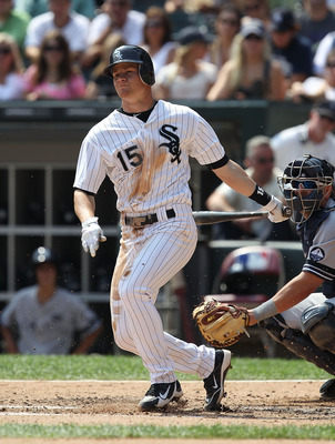 CHICAGO - AUGUST 29: Gordon Beckham #15 of the Chicago White Sox hits the ball against the New York Yankees at U.S. Cellular Field on August 29, 2010 in Chicago, Illinois. The Yankees defeated the White Sox 2-1. (Photo by Jonathan Daniel/Getty Images)