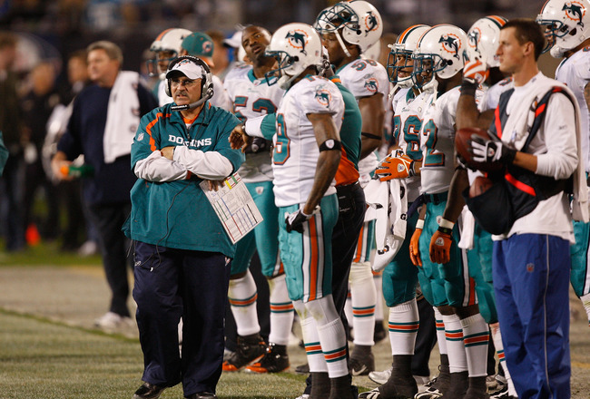 CHARLOTTE, NC - NOVEMBER 19:  Head coach Tony Sparano of the Miami Dolphins walks the sidelines against the Carolina Panthers during their game at Bank of America Stadium on November 19, 2009 in Charlotte, North Carolina.  (Photo by Streeter Lecka/Getty I