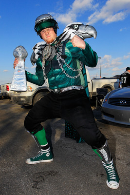PHILADELPHIA, PA - JANUARY 09:  A Philadelphia Eagles fan poses for a photo before they play against the Green Bay Packers in the 2011 NFC wild card playoff game at Lincoln Financial Field on January 9, 2011 in Philadelphia, Pennsylvania.  (Photo by Chris