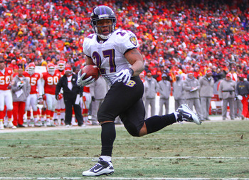 KANSAS CITY, MO - JANUARY 09:  Running back Ray Rice #27 of the Baltimore Ravens scores a touchdown against the Kansas City Chiefs in the second quarter of their 2011 AFC wild card playoff game at Arrowhead Stadium on January 9, 2011 in Kansas City, Misso