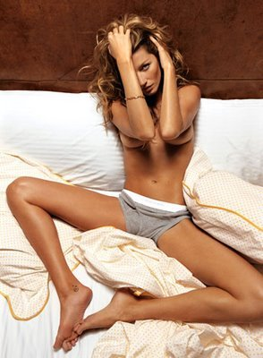 Gisele-bundchen-topless-gq-06_display_image