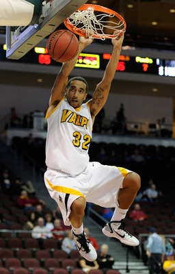 LAS VEGAS - NOVEMBER 26:  Brandon Wood #32 of the Valparaiso Crusaders dunks during a game against the Northern Colorado Bears during the third round of the Las Vegas Invitational at The Orleans Arena November 26, 2010 in Las Vegas, Nevada. Valparaiso won