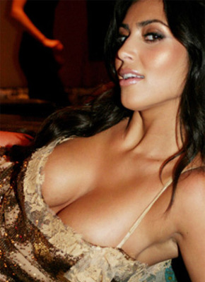 Kim-kardashian-no-clothes3_display_image
