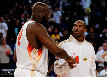 PHOENIX - FEBRUARY 15:  Co-MVPs Shaquille O'Neal #32 and Kobe Bryant #24 of the Western Conference shake hands after the Western Conference defeated the Eastern Conference in the 58th NBA All-Star Game, part of 2009 NBA All-Star Weekend at US Airways Cent