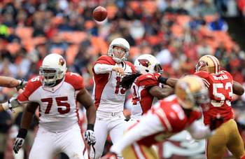 SAN FRANCISCO, CA - JANUARY 02:    John Skelton #19 of the Arizona Cardinals passes against the San Francisco 49er during an NFL game at Candlestick Park on January 2, 2011 in San Francisco, California.  (Photo by Jed Jacobsohn/Getty Images)