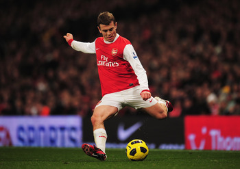 LONDON, ENGLAND - JANUARY 05:  Jack Wilshere of Arsenal in action during the Barclays Premier League match between Arsenal and Manchester City at the Emirates Stadium on January 5, 2011 in London, England.  (Photo by Shaun Botterill/Getty Images)