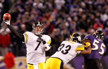 BALTIMORE, MD - DECEMBER 05:  Quarterback Ben Roethlisberger #7 of the Pittsburgh Steelers throws a pass against the Baltimore Ravens at M&amp;T Bank Stadium on December 5, 2010 in Baltimore, Maryland.  (Photo by Geoff Burke/Getty Images)