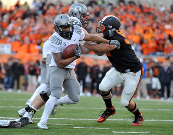 CORVALLIS, OR - DECEMBER 4: LaMichael James #21 of the Oregon Ducks heads to the end zone for a touchdown in the fourth quarter of the game at Reser Stadium on December 4, 2010 in Corvallis, Oregon. The Ducks beat the Beavers 37-20 to likely go on the BCS