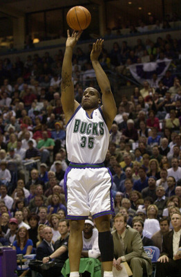 26 May 2001:  Jason Caffey #35 of the Milwaukee Bucks puts a shot up against the Philadelphia 76ers in game three of the eastern conference finals at the Bradley Center in Milwaukee, Wisconsin.  The Bucks won 80-74.  DIGITAL IMAGE.  Mandatory Credit: Otto