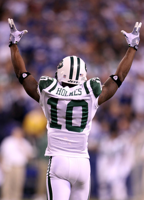 INDIANAPOLIS, IN - JANUARY 08:  Santonio Holmes #10 of the New York Jets celebrates late in the fourth quarter against the Indianapolis Colts during their 2011 AFC wild card playoff game at Lucas Oil Stadium on January 8, 2011 in Indianapolis, Indiana. TH