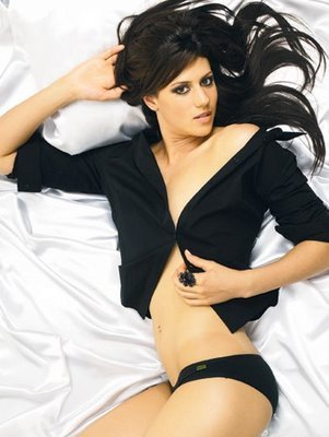 Stephanie_rice_fhm_4_display_image
