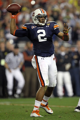GLENDALE, AZ - JANUARY 10:  Quarterback Cameron Newton #2 of the Auburn Tigers throws the ball in the second quarter against the Oregon Ducks during the Tostitos BCS National Championship Game at University of Phoenix Stadium on January 10, 2011 in Glenda