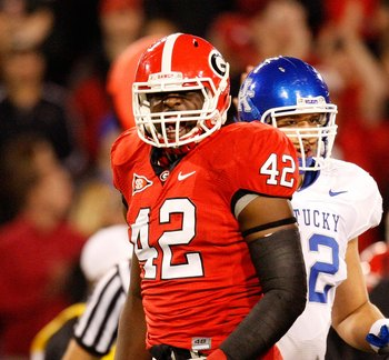 ATHENS, GA - NOVEMBER 21:  Justin Houston #42 of the Georgia Bulldogs against the Kentucky Wildcats at Sanford Stadium on November 21, 2009 in Athens, Georgia.  (Photo by Kevin C. Cox/Getty Images)