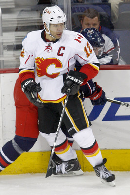 COLUMBUS, OH - DECEMBER 21:  Jarome Iginla #12 of the Calgary Flames skates with the puck during a game against the Columbus Blue Jackets on December 21, 2010 at Nationwide Arena in Columbus, Ohio.  (Photo by John Grieshop/Getty Images)