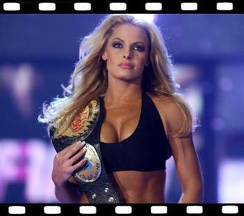 64trishstratus_display_image