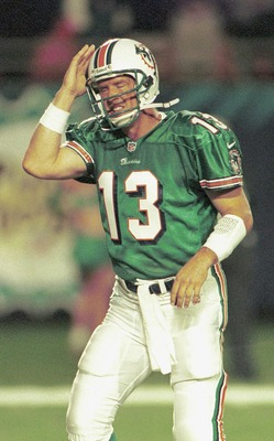 P362973 01: (NORTH AND SOUTH AMERICA SALES ONLY) FILE PHOTO: Dan Marino, quarterback of the Miami Dolphins, seen here December 27, 1999 during a game with the New York Jets. The Dolphins lost to the Jacksonville Jaguars in the second round of the playoffs