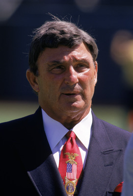 OAKLAND, CA - AUGUST 12:  Hall of Fame coach Hank Stram attends a pre-season game between the St. Louis Rams and the Oakland Raiders at the Oakland/Alameda County Coliseum on August 12, 1995 in Oakland, California.  The Raiders won 27-22.  (Photo by Georg