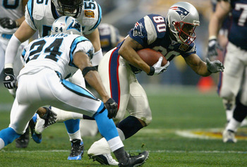 HOUSTON, TX - FEBRUARY 1:  Troy Brown #80 of the New England Patriots runs against the defense of the Carolina Panthers during the first quarter of the Super Bowl XXXVIII at Reliant Stadium on February 1, 2004 in Houston, Texas. (Photo by Andy Lyons/Getty