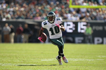 PHILADELPHIA - OCTOBER 17:  DeSean Jackson #10 of the Philadelphia Eagles scores a touchdown in the first quarter against the Atlanta Falcons defends during their game at Lincoln Financial Field on October 17, 2010 in Philadelphia, Pennsylvania.  (Photo b