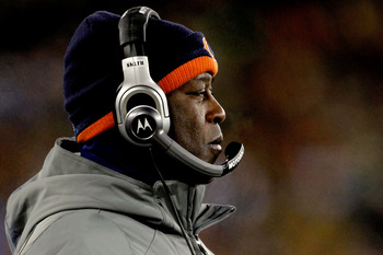GREEN BAY, WI - JANUARY 02:  Head coach Lovie Smith of the Chicago Bears on the sidelines against the Green Bay Packers at Lambeau Field on January 2, 2011 in Green Bay, Wisconsin.  (Photo by Matthew Stockman/Getty Images)