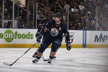 EDMONTON, CANADA - DECEMBER 16: Dustin Penner #27 of the Edmonton Oilers skates against the Columbus Blue Jackets on December 16, 2010 at Rexall Place in Edmonton, Alberta, Canada. (Photo by Dale MacMillan/Getty Images)