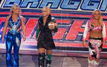 Smackdown-divas-defeated-raw-divas_display_image