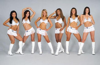 Ne_pats_cheerleaders1_display_image