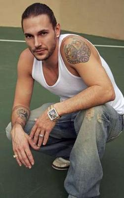 Kevin_federline_narrowweb__300x4790_display_image